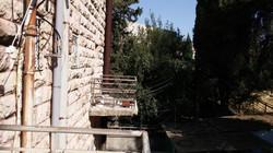 Khananya  - at home in jerusalem (3)