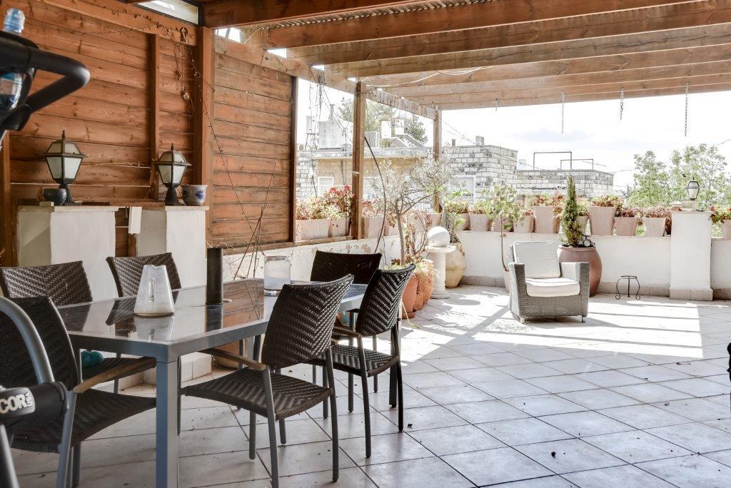 HaPalmach  - at home in jerusalem
