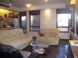 Hizkiyahu HaMelech - at home in jerusale