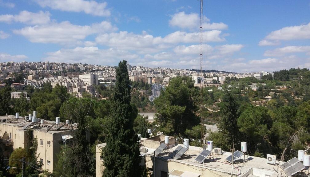 Shimoni - at home in jerusalem (3)
