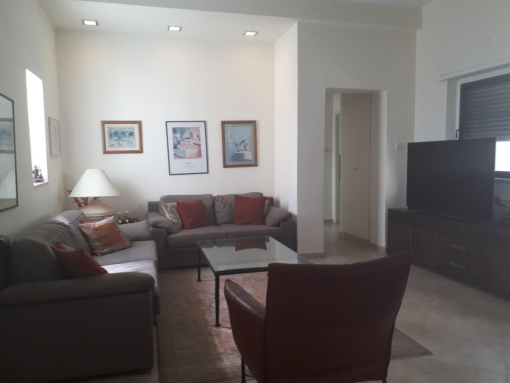 HaPalmach  - at home in jerusalem (7)