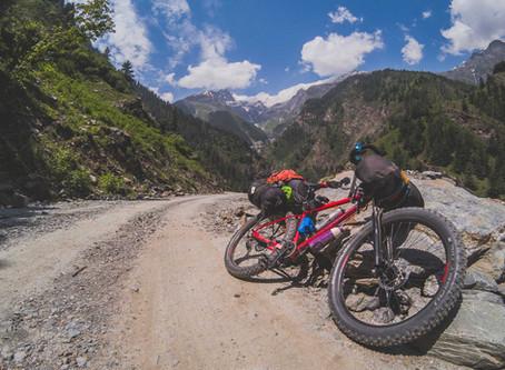 Cycling the Pangi valley