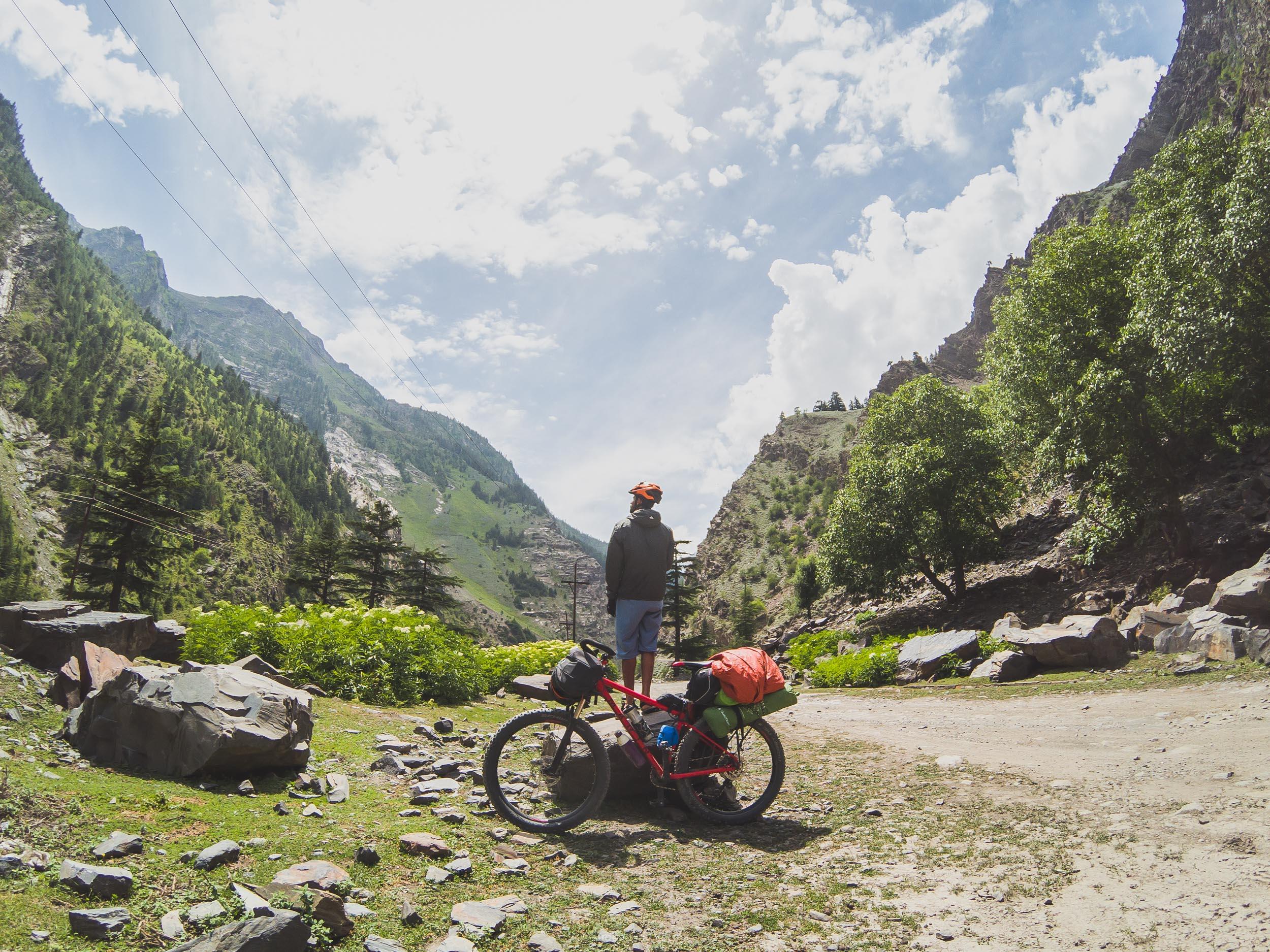 Bikepacking pangi valley sach pass