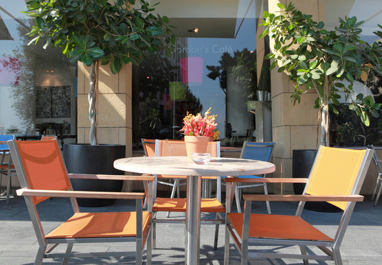 Gordon's Cafe outdoor table for 2 - terr