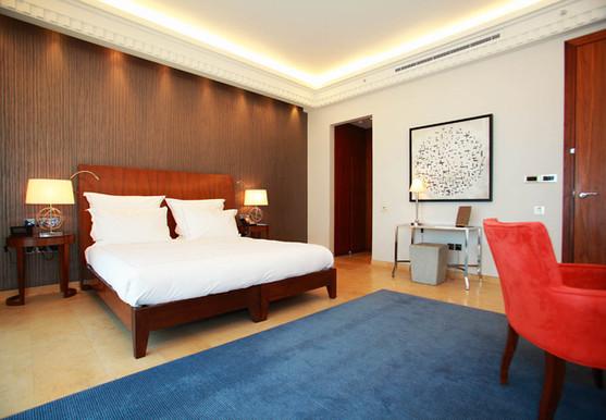 1210x840_deluxe room - 405.jpg