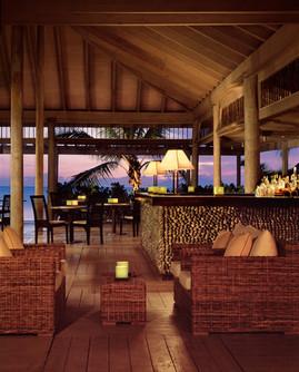38Indigo on the Beach Bar by candelight.
