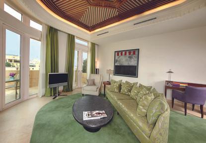 Corner Suite Terrace - 1 Bedroom.jpg