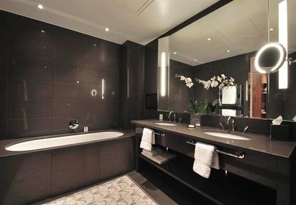 1210x840_bathroom.jpg