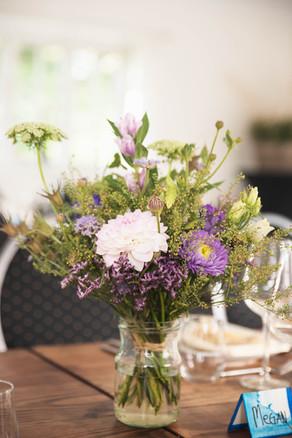 Jungshoved Præstegaard blomster.jpg