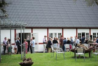 Jungshoved_Præstegaard_konference_udendørs