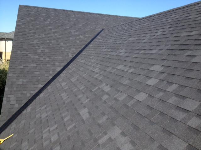 Large Shingled roof Orangeville