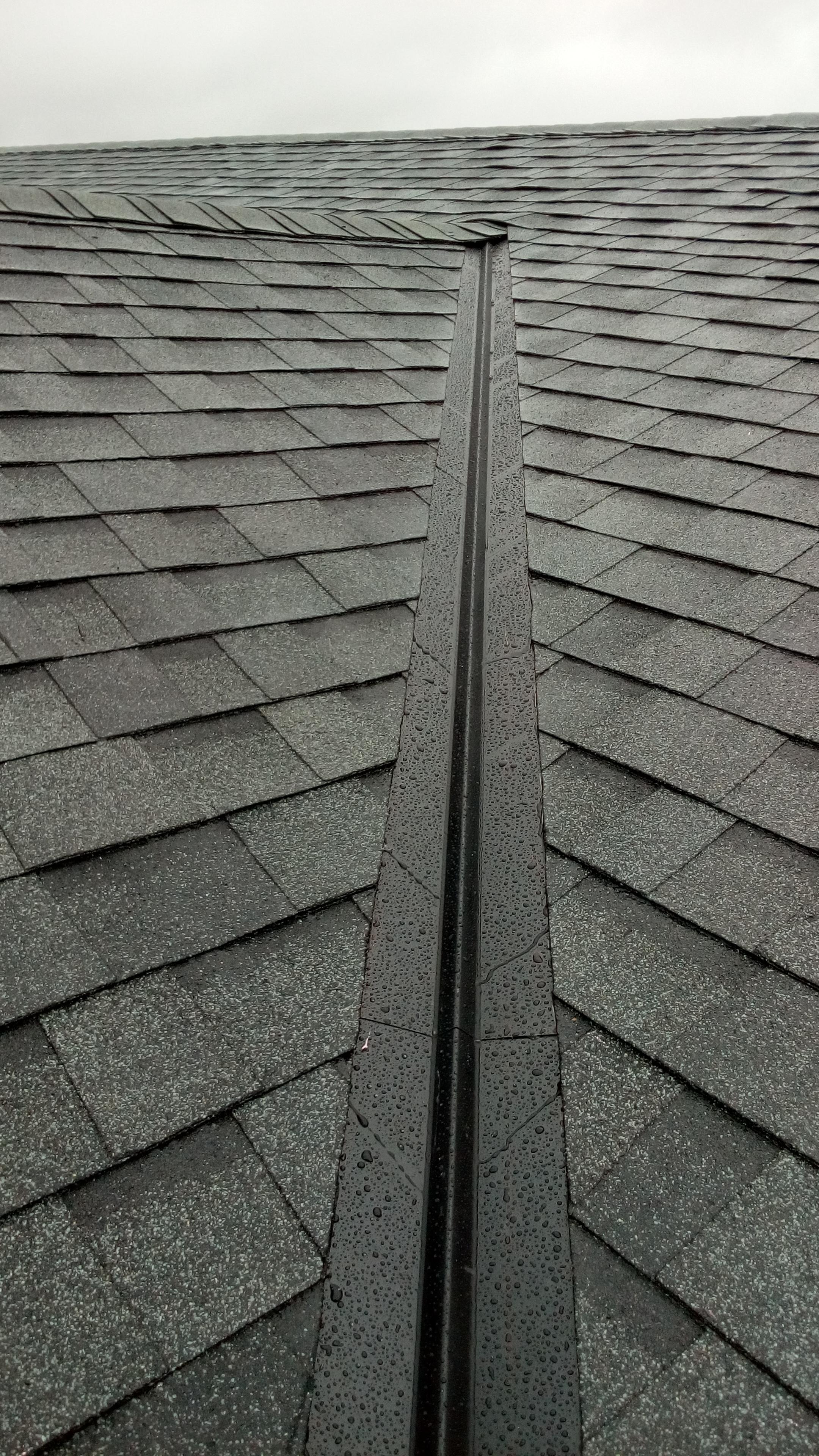 Custom w Metal Roof Open Valley