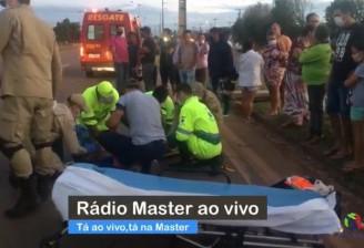 Homem morre após se jogar na frente de veículo na BR 163 em Sinop-MT