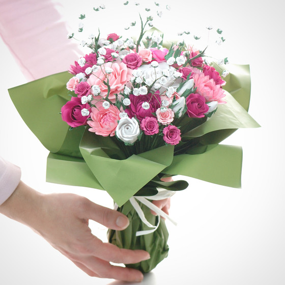 Paper flower bouquet - the art version