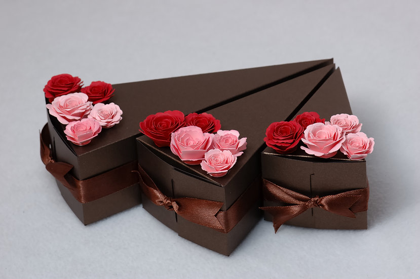 Wedding Favor | Paper | Chocolate| Different slice size options