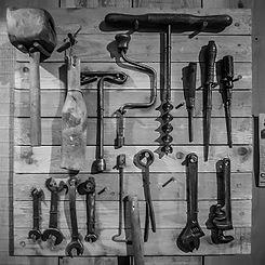 Old-Tools-FI.jpg