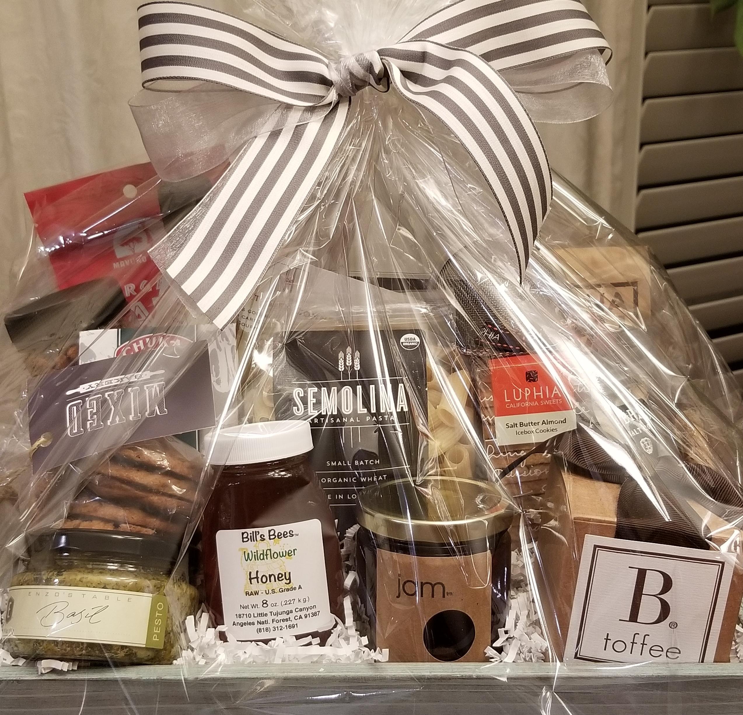 close up market basket