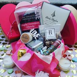 Valentines day gifts #valentinesdaygifts #chocolate #dicktaylorchocolate #btoffee #myfavoriteindulge
