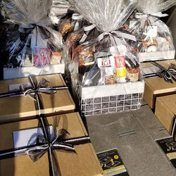 Holiday gift basket and gift box deliveries!