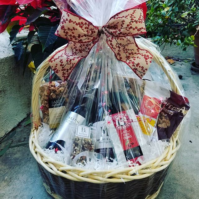 Holiday wine gift basket