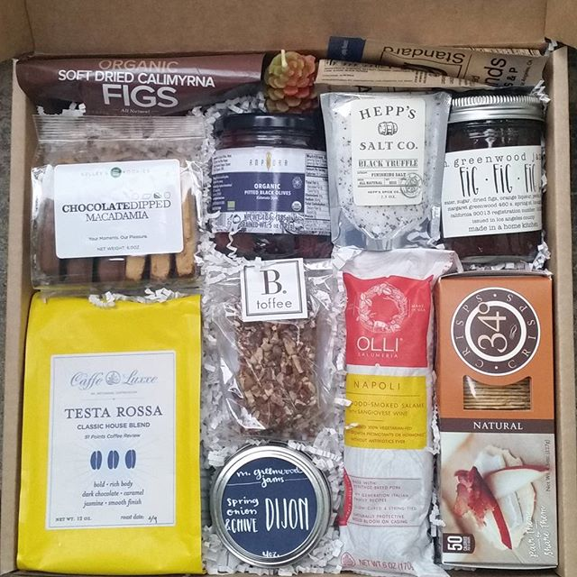 Gourmet gift box_#artisanal #giftbox #gourmetgifts #clientgifts #corporategifts #caffeluxxecoffee #b