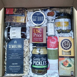 Curated USC gourmet gift box_#gourmetgiftbox #usc #supportlocal