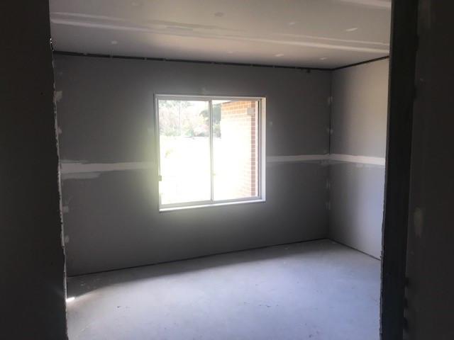 Bedroom Deane St.jpg