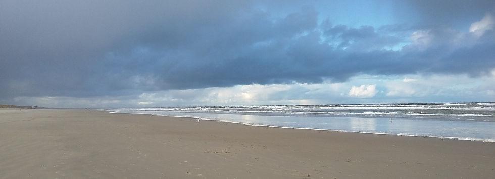 lucht en strand.jpg