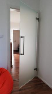 sklenene-otvarave-dvere-33.jpg