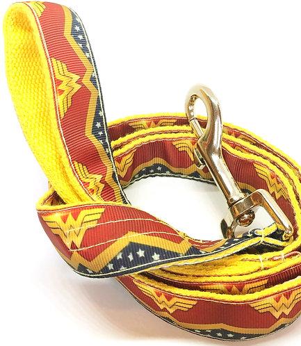 Wonder Woman Dog Collar, Wonder Woman D C Fans Pet Accessories, Comic Book Super Hero Wonder Woman Dog Collar & Leash Set,