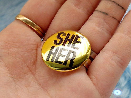 Gold she her pronouns