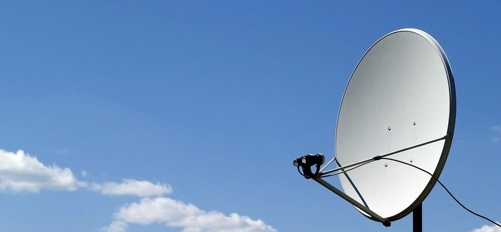 Antena para captación de señal de satélite