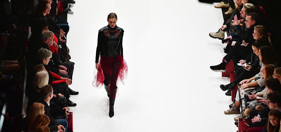 Alexandra Fuks Show Herbst winter 2019 mode aus  eutschland fashion