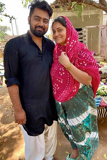 Haresh and wife.jpg