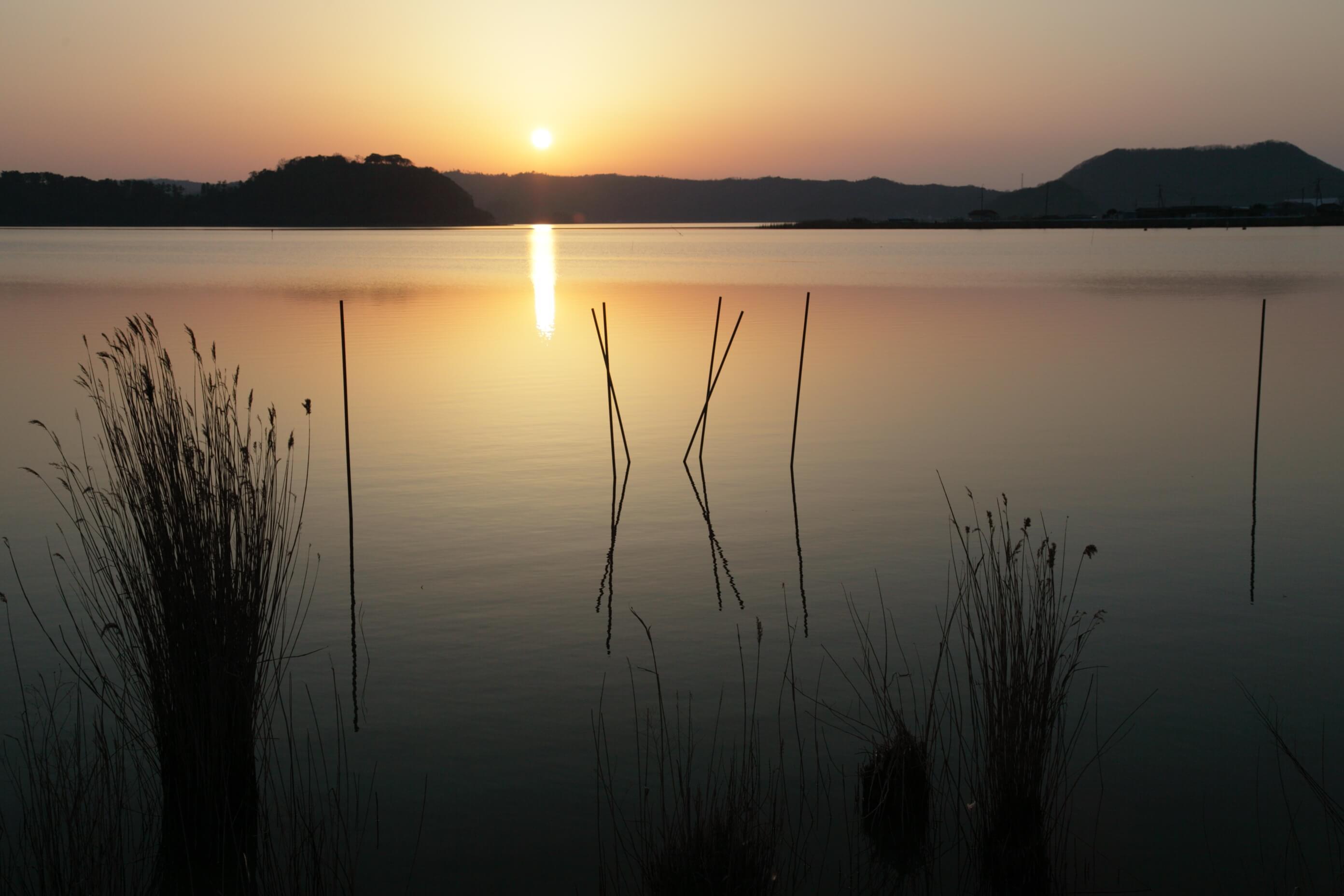 静寂の湖山池