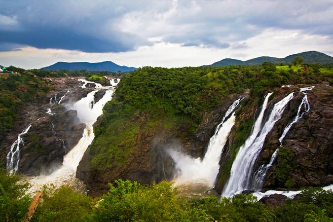 Shivanasamudram Falls_Med_Res.jpg