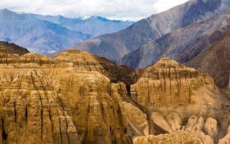 Moonland of Ladakh _ Moonscapes of Lamay