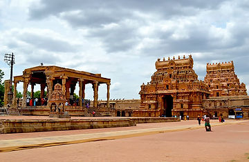 1024px-TANJORE_2_lo_Res.jpg
