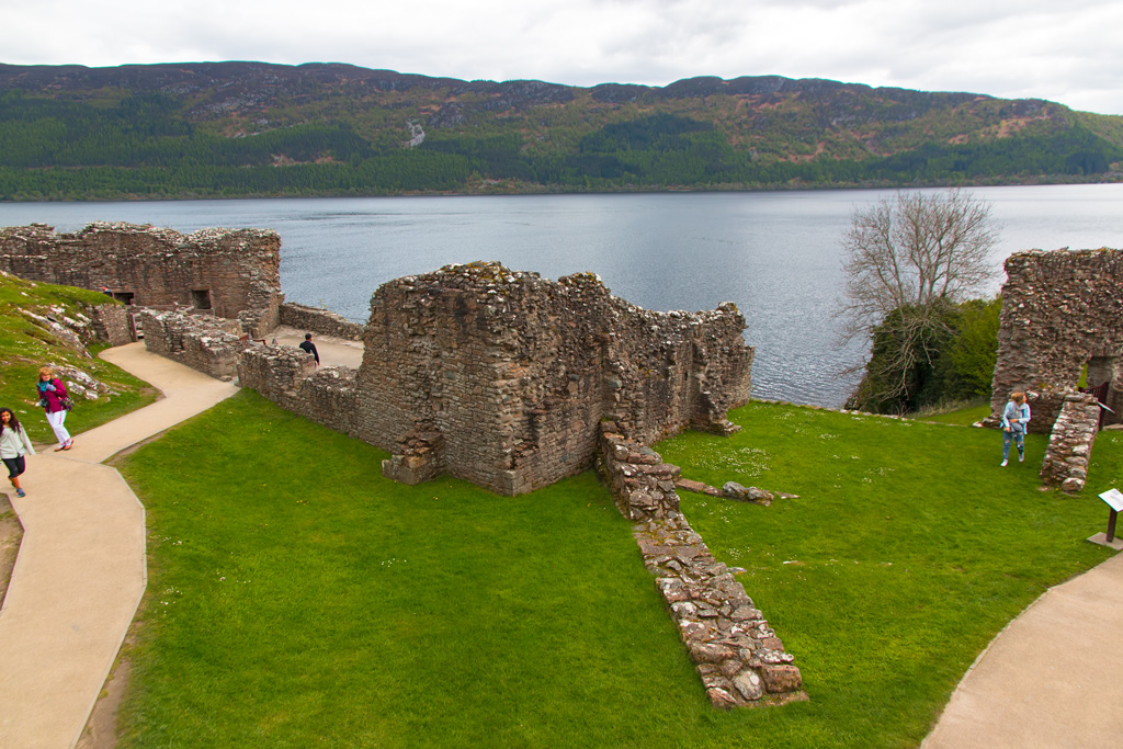 Urquhart Castle - Inverness, Scotlan