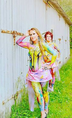 ArtQueen & Brownbetty of Sweden