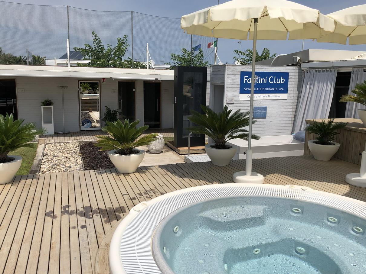 Doccia solare MONOLITH_Fantini Club_11.J