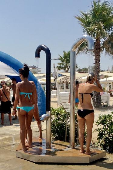 Docce smart wellness igieniche a risparmio energetico per stabilimenti balneari, piscine