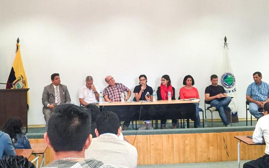 Coloquio de expertos y autoridades en la UPSE