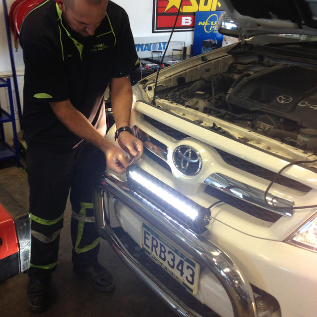 Fitting Light Bar
