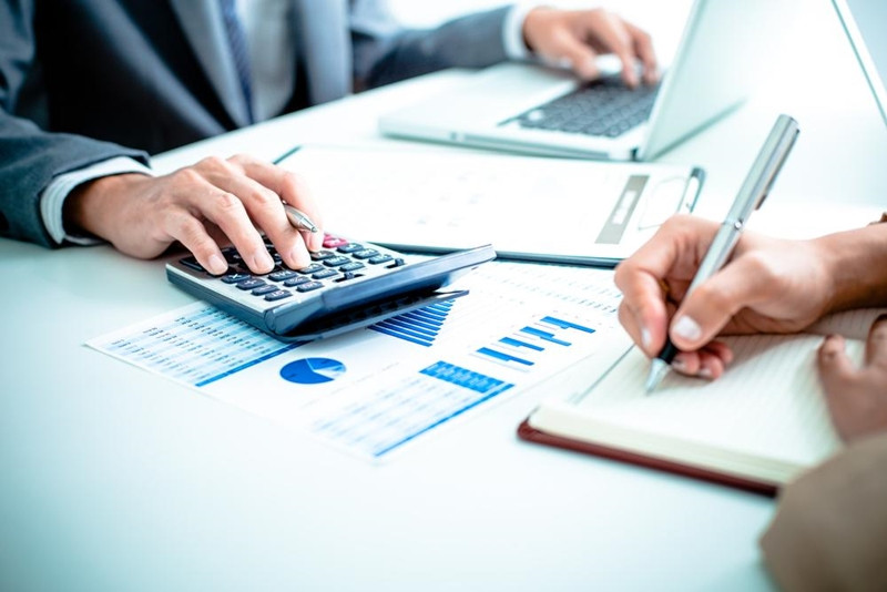 Choosing the right accountant for your SME