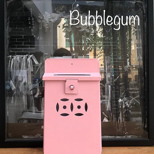 Bubblegum letterbox