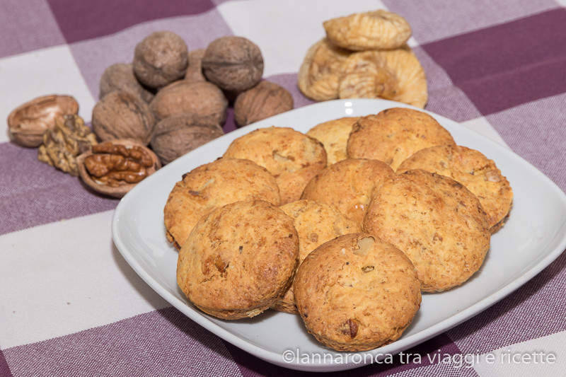 biscotti noci e fichi secchi