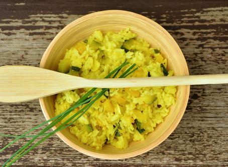 Risotto zucchini, erba cipollina e curcuma