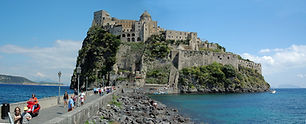 Castello aragonese.jpg