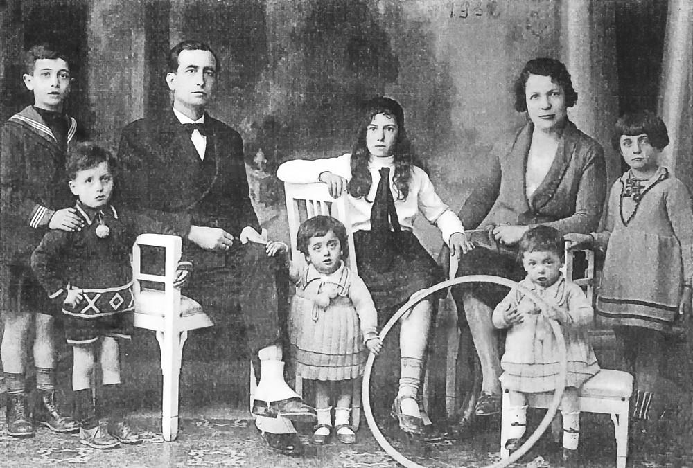 Famiglia Ugenti nel 1932